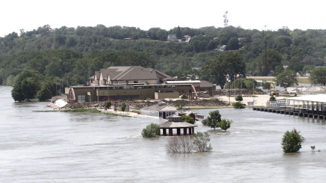 Flooding along the Missouri River in Sioux City, Iowa on 8 June 2011