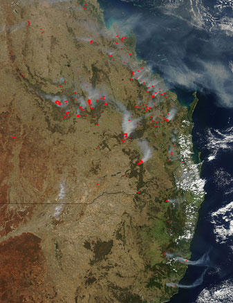 Eastern Australian Bushfires on 06 December 2012