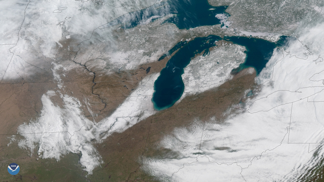 Great Lakes snow cover